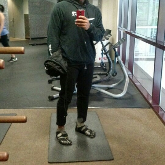 Photo taken at 24 Hour Fitness by Vaibhav M. on 7/26/2015