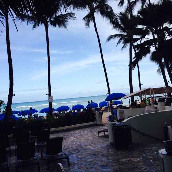 Photo taken at Duke's Waikiki by Debra on 7/9/2014