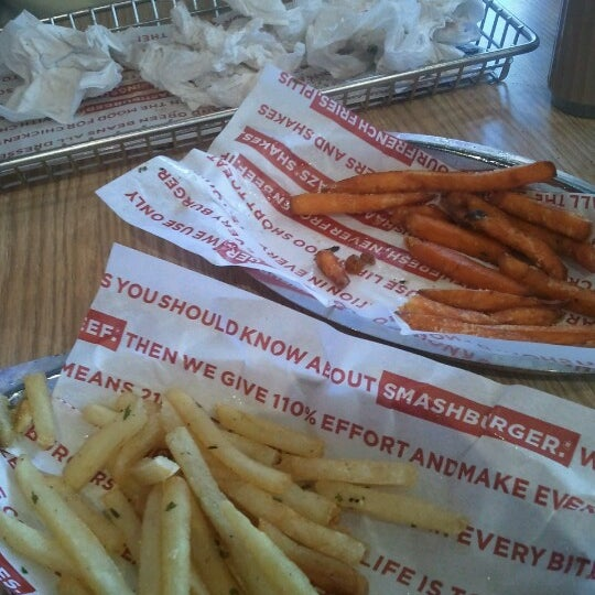 Photo taken at Smashburger by Teresa C. on 6/27/2012
