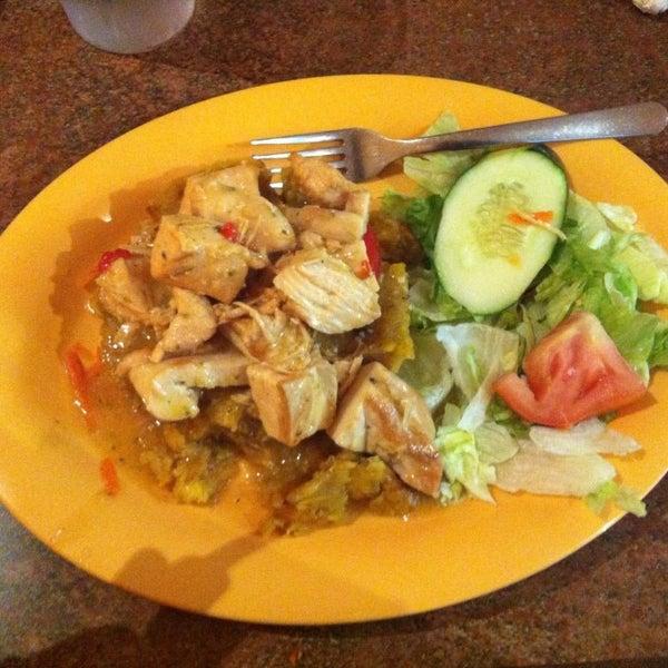 Must visit restaurants in puerto rico for Austin s caribbean cuisine