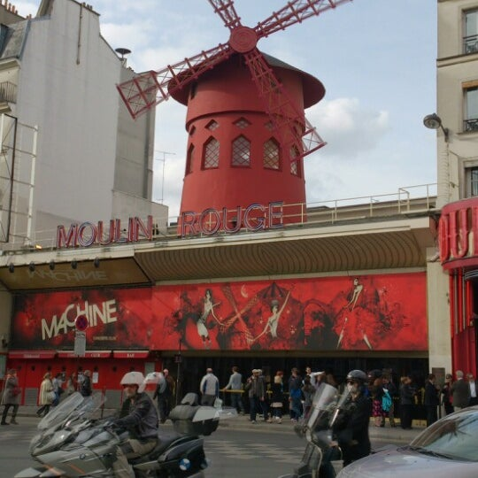Photo taken at Moulin Rouge by Anastasia L. on 4/29/2013