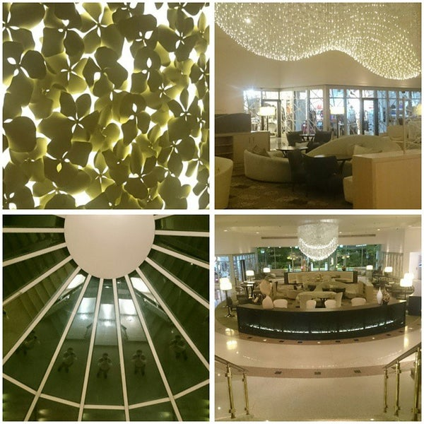 Photo taken at Hilton Munich Park by Vladislav S. on 5/3/2015
