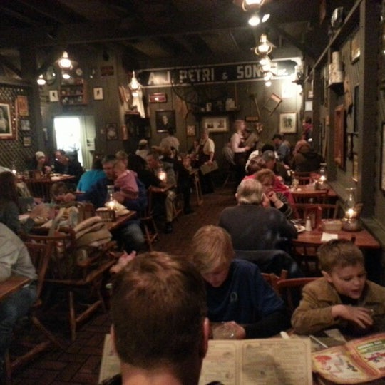 Photo taken at Cracker Barrel by DC B. on 1/19/2013