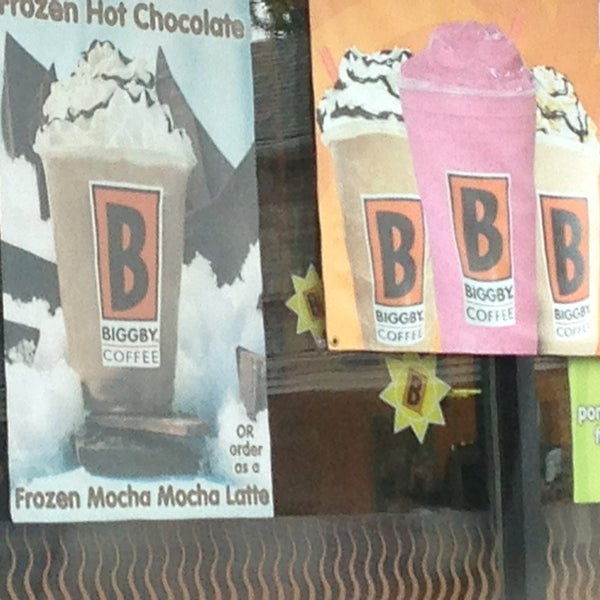 Photo taken at BIGGBY COFFEE by prpldiva on 6/29/2013