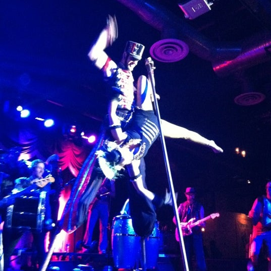 Photo taken at Brooklyn Bowl by Jasmine C. on 11/18/2012