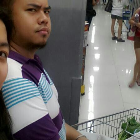 Photo taken at Shopwise by Kimmy N. on 2/2/2014