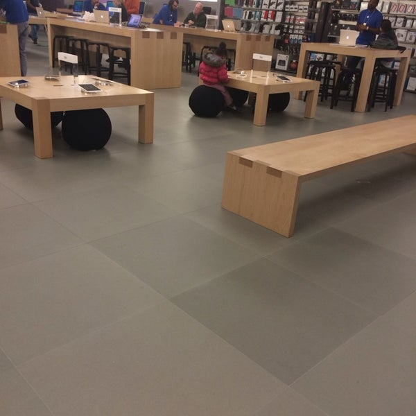 Photo taken at Apple Store, Friendly Center by Karen O. on 1/18/2014