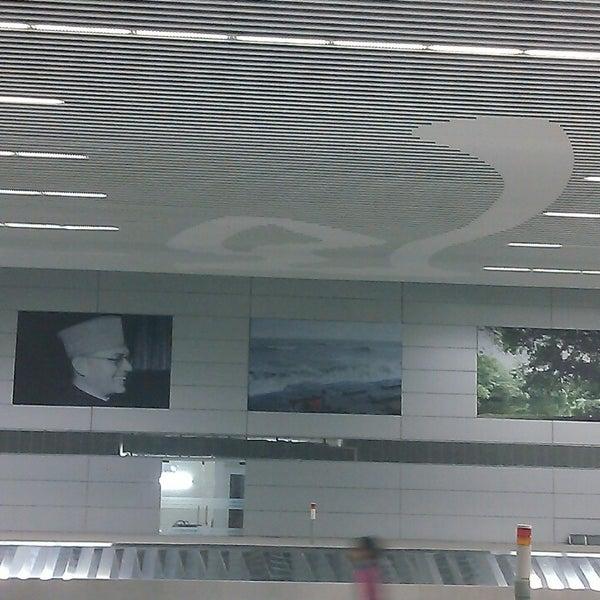 Photo taken at Netaji Subhash Chandra Bose International Airport (CCU) by veivek k. on 4/1/2013