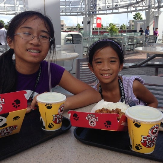 Photo taken at Panda Express by J S. on 10/14/2012