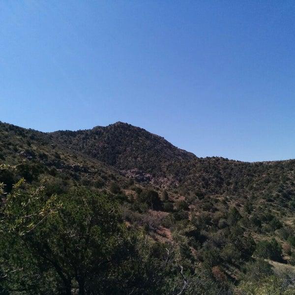 Photo taken at La Luz Trailhead by Xitij S. on 8/10/2014