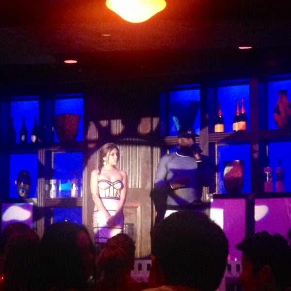 Photo taken at Blue Martini Brickell by Aubrey S. on 3/3/2014