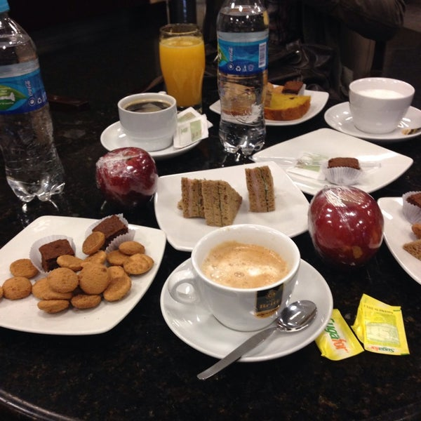 Photo taken at Sumaq VIP Lounge & Business Center by Piero L. on 10/12/2013