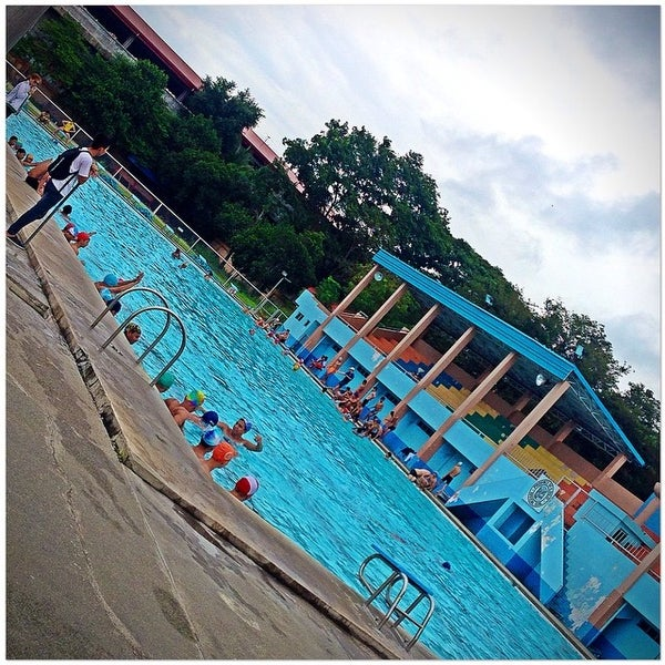 Photo taken at Iloilo Sports Complex by Jeffrey T. on 8/4/2014