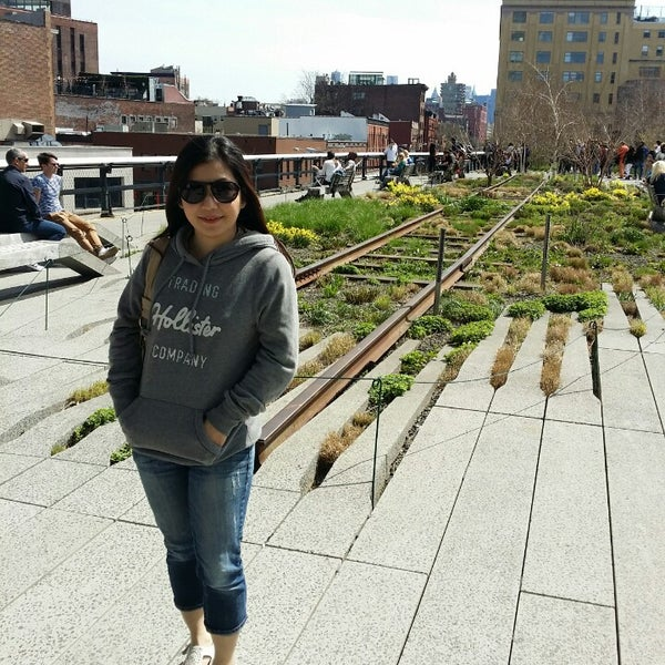 Photo taken at High Line 10th Ave Amphitheatre by FX M. on 4/19/2014