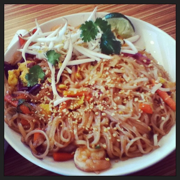 Photo taken at Noodles & Company by Fairbkkb S. on 3/25/2013
