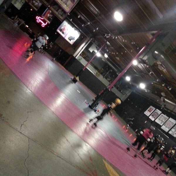 Photo taken at Doll Factory (L.A. Derby Dolls) by STEFCON 1 on 2/26/2013