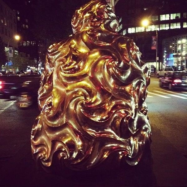 Снимок сделан в AMC Loews Lincoln Square 13 пользователем Craig E. 9/16/2012