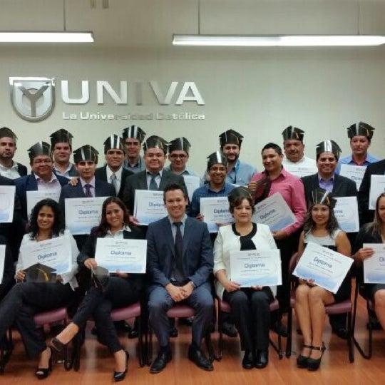 Photo taken at Universidad del Valle de Atemajac (UNIVA) by Shair Edú on 7/10/2014