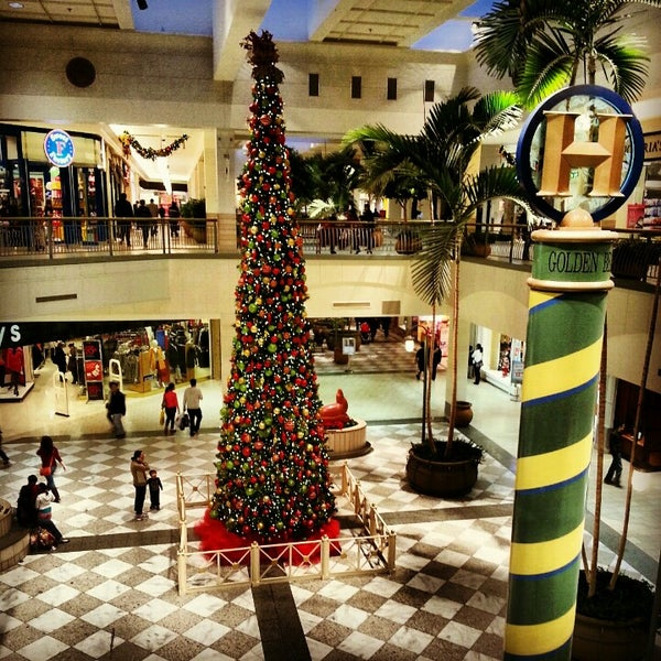 Photo taken at Hillsdale Shopping Center by Ramya S. on 12/28/2012