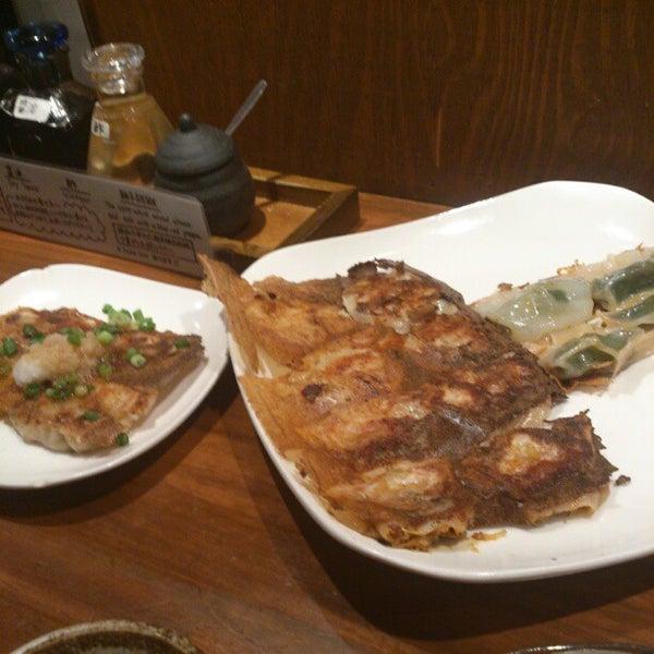 Photo taken at 赤坂ちびすけ 新宿店 by matsusita -. on 1/4/2013