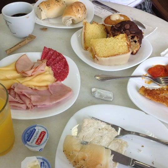 Photo taken at Paris Confeitaria e Café by Diogo J. on 12/9/2012