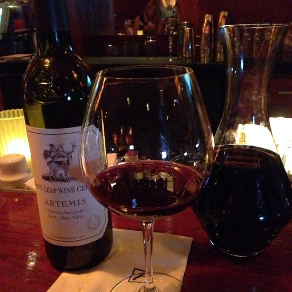 Photo taken at Fleming's Prime Steakhouse & Wine Bar by Rena S. on 6/18/2014