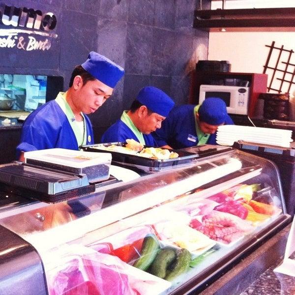 sumo sushi bento japanese restaurant in dubai. Black Bedroom Furniture Sets. Home Design Ideas