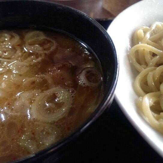 Photo taken at 三ツ矢堂製麺 下北沢店 by Akira M. on 2/1/2014
