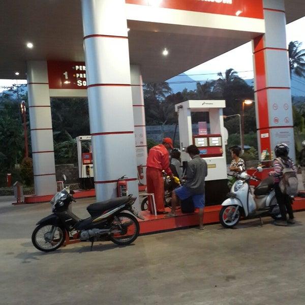 Photo taken at SPBU bandungan by Vincent Z. on 1/25/2014