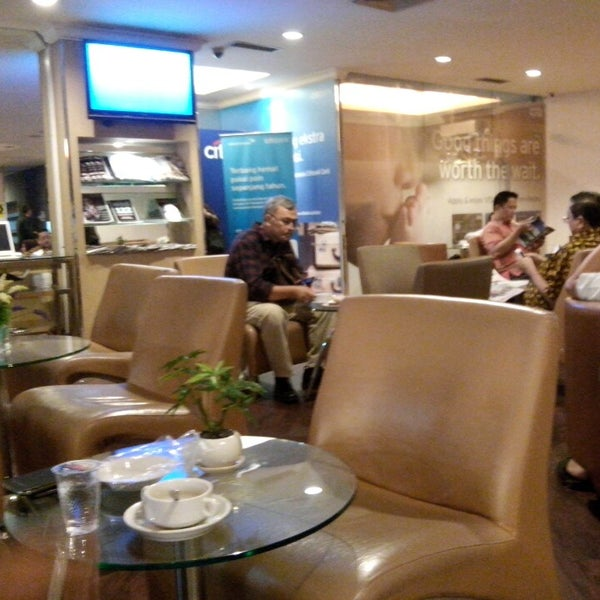 Photo taken at Citibank Lounge by Imad M. on 10/28/2014