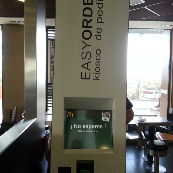 Photo taken at McDonald's by Felipe T. on 11/2/2013