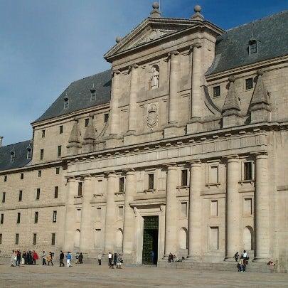 Photo taken at Monasterio de San Lorenzo de El Escorial by jmotapereira on 10/17/2012