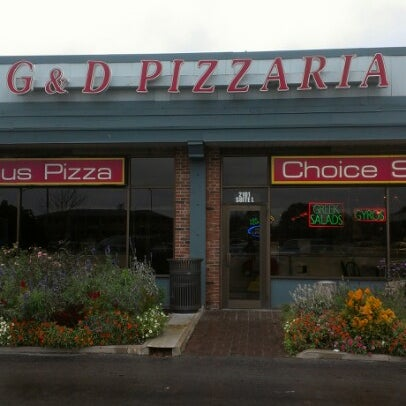 Photo taken at G & D Pizzaria by Seymour on 11/6/2012