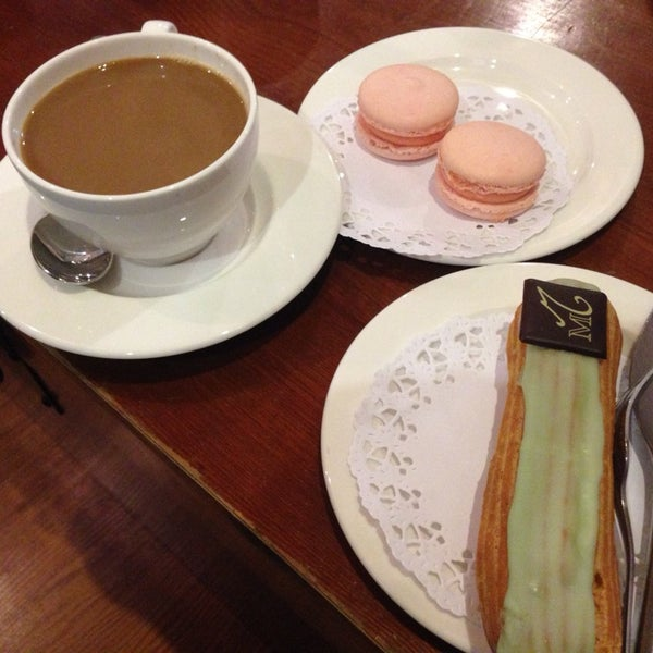 Photo taken at La Maison du Macaron by Nizo A. on 4/23/2014