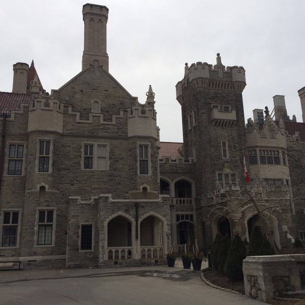 Photo taken at Casa Loma by TheStylishdevil N. on 4/3/2014