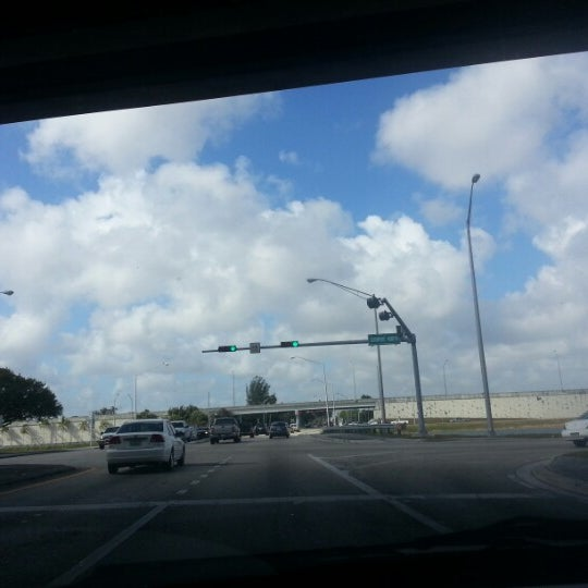 Photo taken at Under The Turnpike by Juan J. P. on 1/29/2013