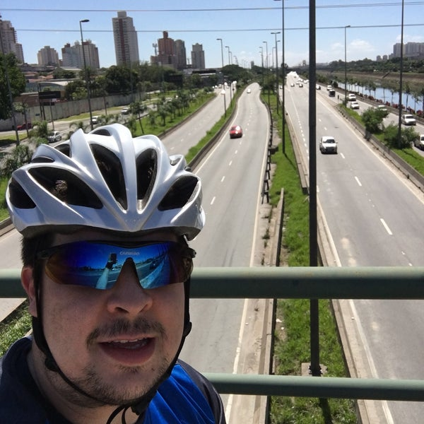 Photo taken at Ponte do Limão by Alan d. on 1/17/2016