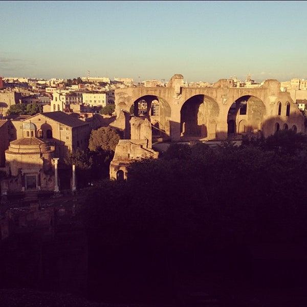 Photo taken at Palatino by Joel on 11/2/2012