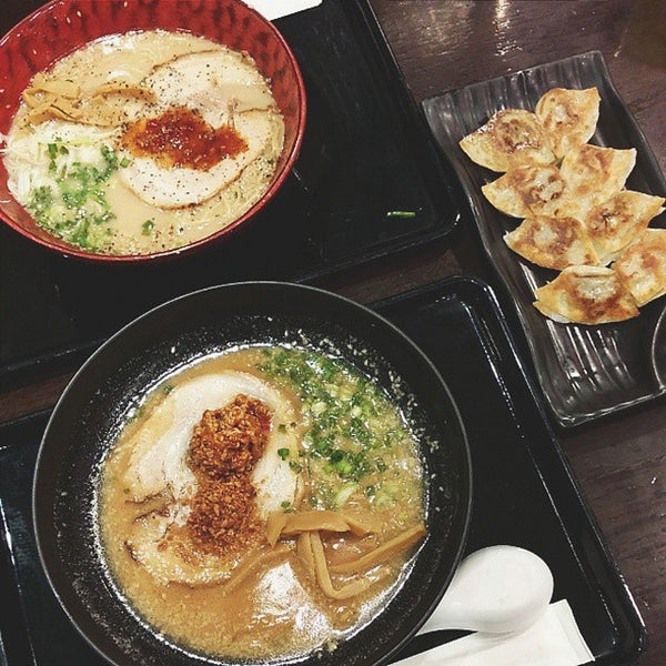 Photo taken at Chabuton Ramen by POUND W. on 5/11/2015