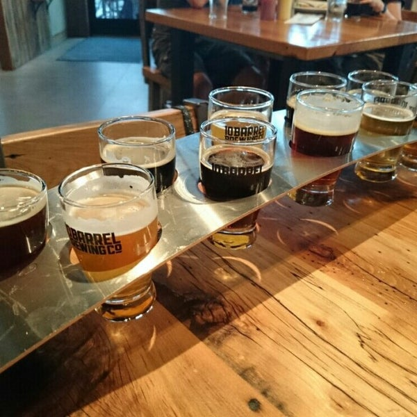 Photo taken at 10 Barrel Brewing by Sam W. on 7/10/2014