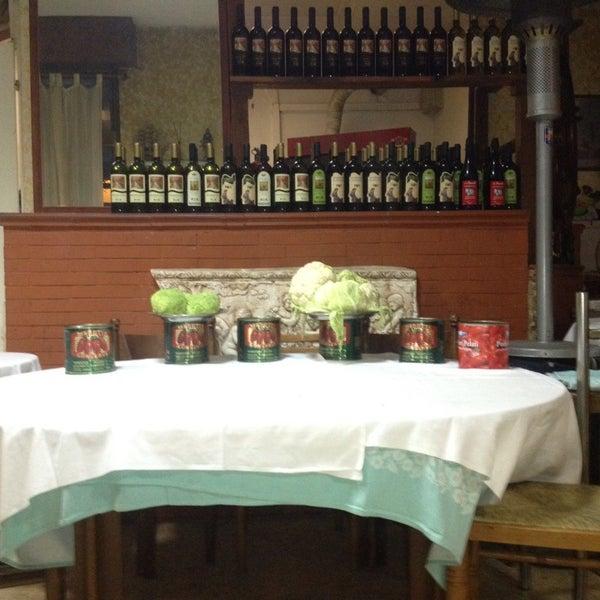 L 39 angolo degli amici via alcide pedretti 50 for Amici italian cuisine boston ma