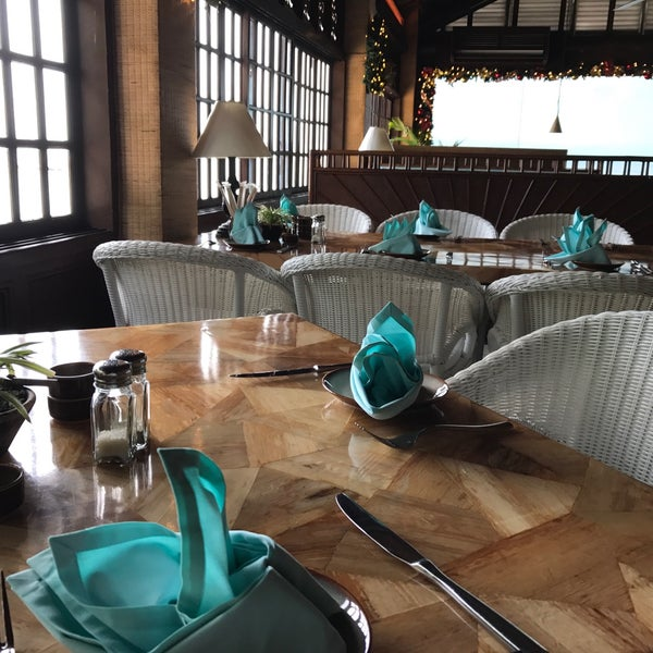 Photo taken at Fiji Restaurant by Mark S. on 12/21/2016