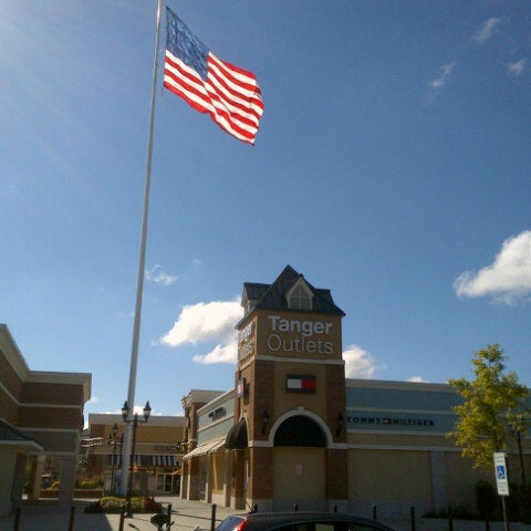 Photo taken at Mebane Tanger Outlets by Allan Y. on 9/22/2013