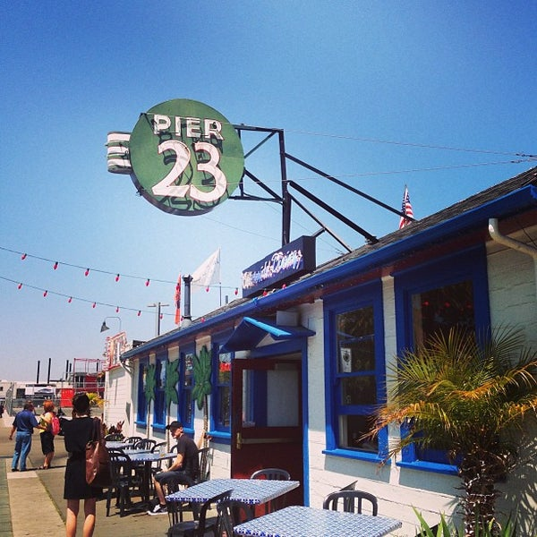 Photo taken at Pier 23 Cafe by elly on 5/2/2013