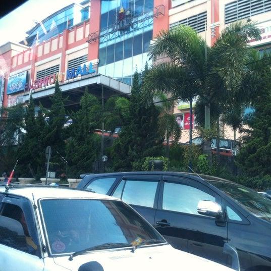 Photo taken at Bandung Trade Centre - BTC Fashion Mall by Inong a. on 10/14/2012