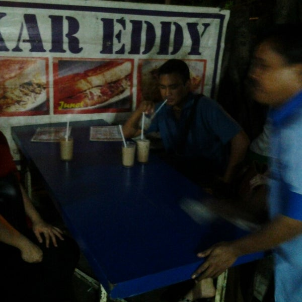Photo taken at Roti Bakar Eddy by Emery F. on 1/31/2014