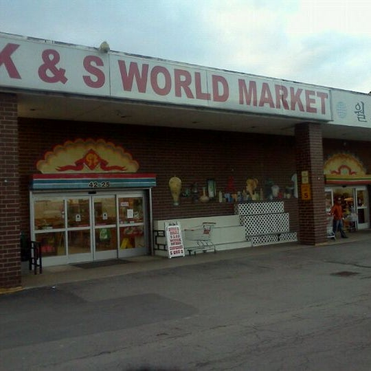 World Bazar: K&S World Market
