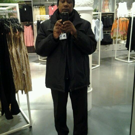 Photo taken at Joe Fresh by Yonel E. on 4/9/2012