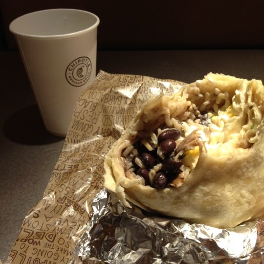 Photo taken at Chipotle Mexican Grill by Bill C. on 4/17/2012