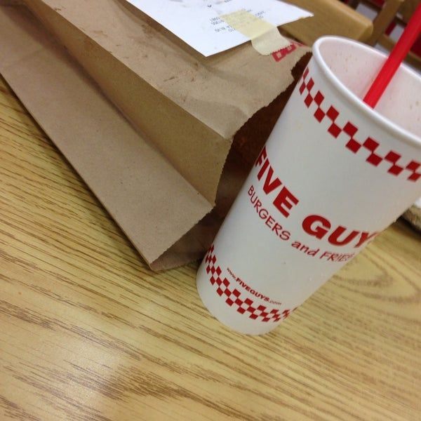 Photo taken at Five Guys by Dilnazik A. on 1/30/2014